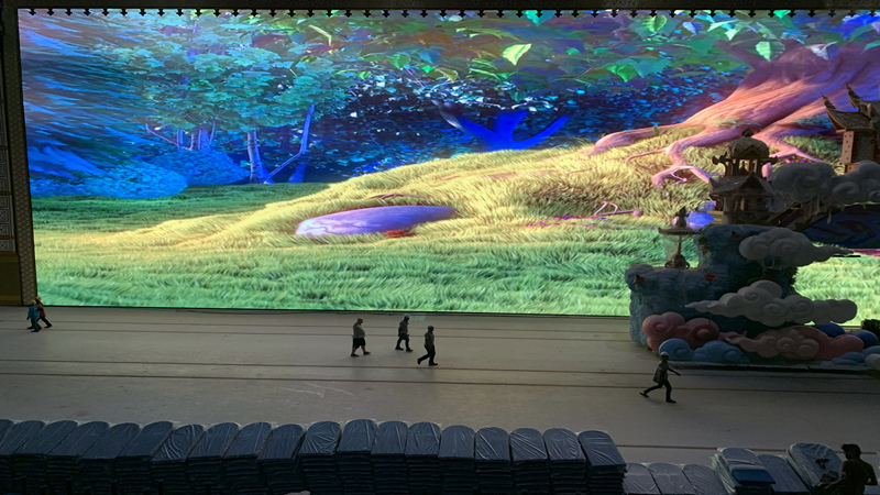 led screen on stage
