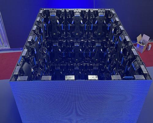 P3.91 cube led display